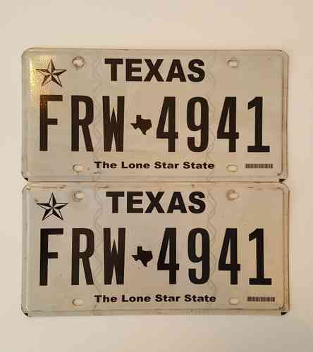 Genuine Licence Plate USA - TEXAS - Lot of 2 same plates