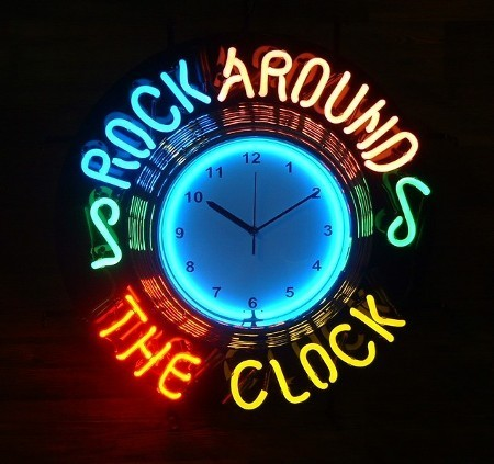 HORLOGE NEON - ROCK AROUND THE CLOCK