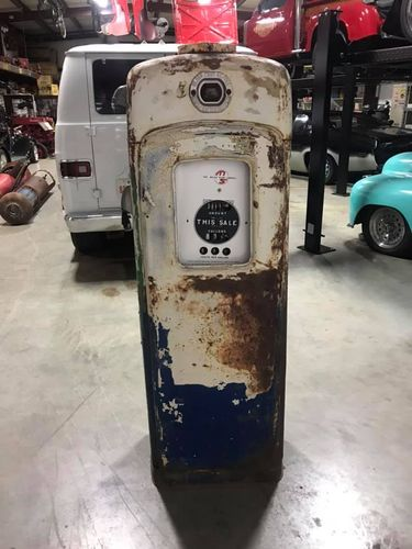 Retro Gas Pump MARTIN SCHWARTZ 80